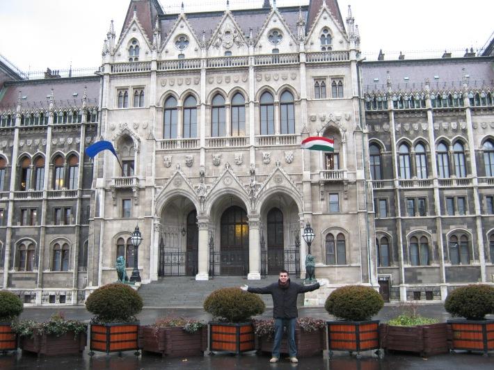 parlamento binası giriş